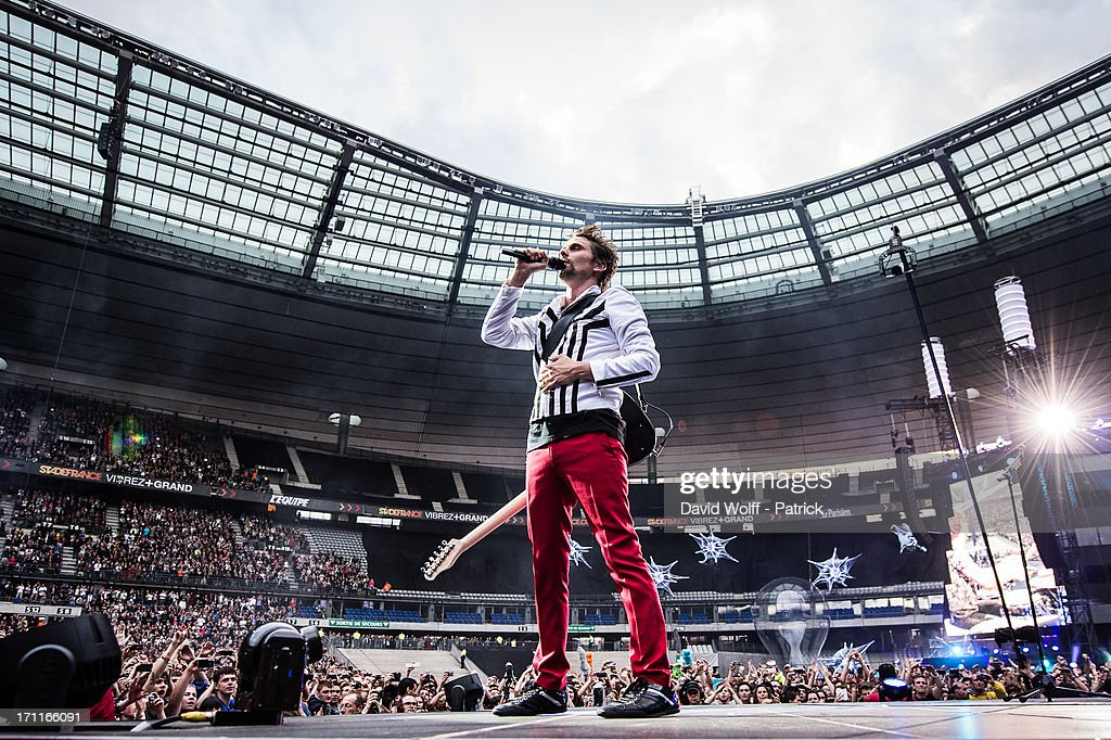 <a gi-track='captionPersonalityLinkClicked' href=/galleries/search?phrase=Matthew+Bellamy&family=editorial&specificpeople=225046 ng-click='$event.stopPropagation()'>Matthew Bellamy</a> from Muse performs at Stade de France on June 22, 2013 in Paris, France.