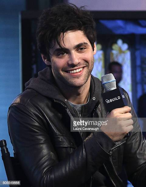 Matthew Daddario attends AOL Build Speaker Series Matthew Daddario 'Shadowhunters' at AOL Studios In New York on January 18 2016 in New York City