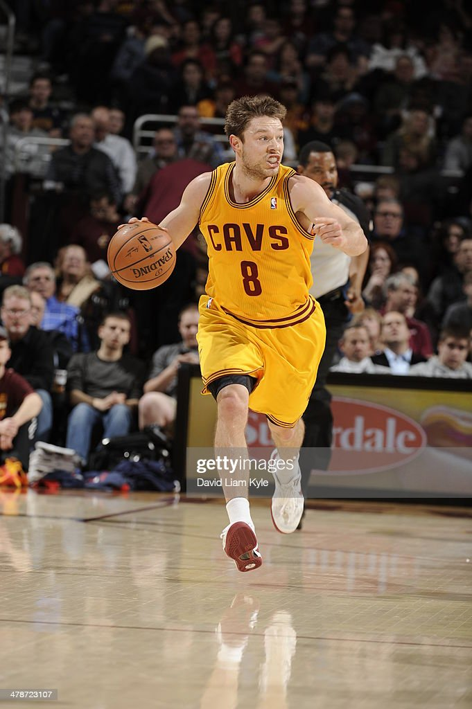 <a gi-track='captionPersonalityLinkClicked' href=/galleries/search?phrase=Matthew+Dellavedova&family=editorial&specificpeople=5948739 ng-click='$event.stopPropagation()'>Matthew Dellavedova</a> #8 of the Cleveland Cavaliers handles the ball against the Washington Wizards at The Quicken Loans Arena on February 23, 2014 in Cleveland, Ohio.