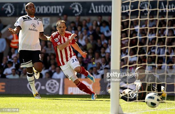 Matthew Etherington of Stoke scores their first goal during the Barclays Premier League match between Tottenham Hotspur and Stoke City at White Hart...