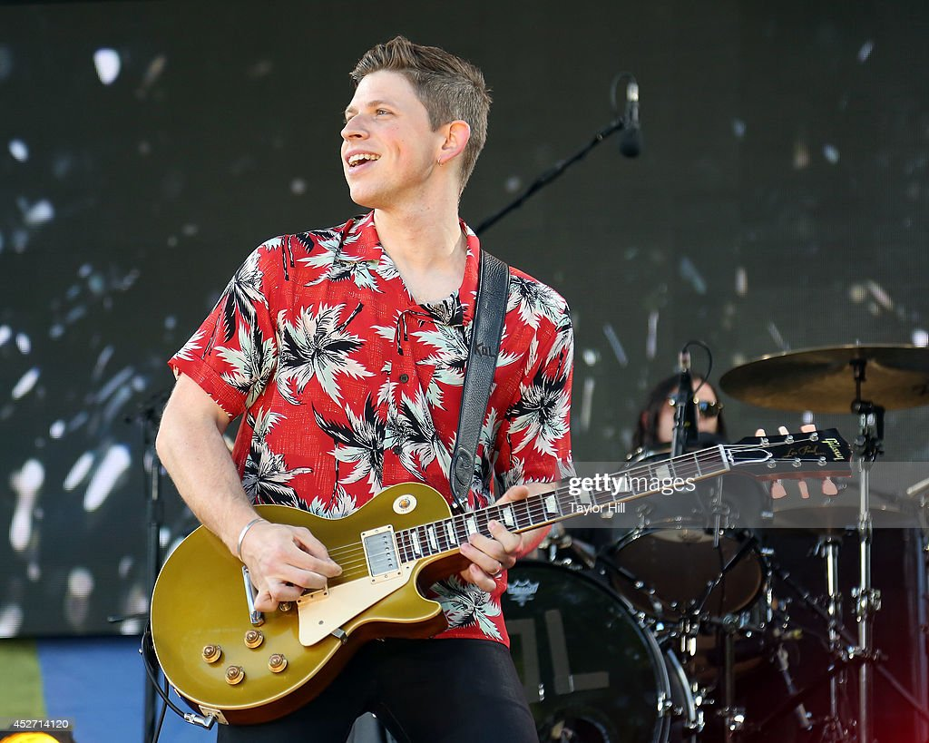 <a gi-track='captionPersonalityLinkClicked' href=/galleries/search?phrase=Matthew+Followill&family=editorial&specificpeople=209326 ng-click='$event.stopPropagation()'>Matthew Followill</a> of Kings of Leon performs on ABC's 'Good Morning America' at Rumsey Playfield, Central Park on July 25, 2014 in New York City.