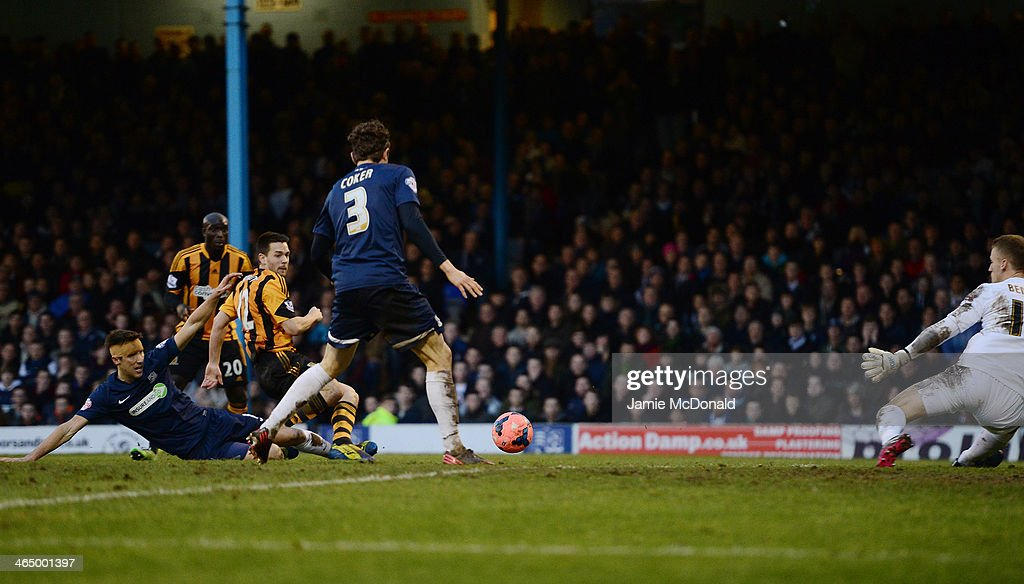 Matthew Fryatt of Hull City scores the opening goal during the FA Cup fourth round match between Southend United and Hull City at Roots Hall on January 25, 2014 in Southend, England.