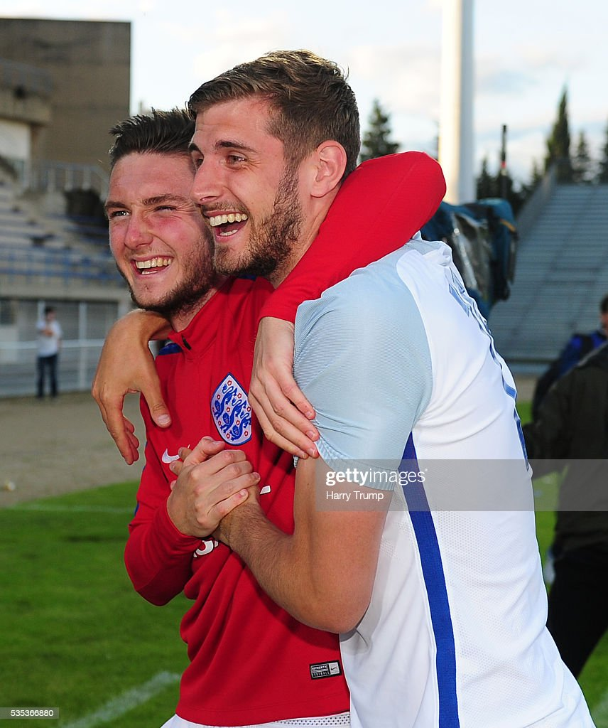 Matthew Grimes and Jack Stephens of England celebrate during the Final of the Toulon Tournament between England and France at Parc Des Sports on May 29, 2016 in Avignon, France.