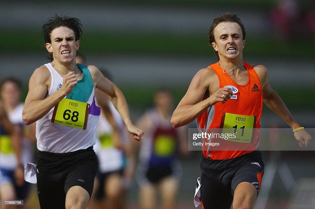 Matthew Hammond Of Sydney Battles With Nick Bromley In The Mens 800 Meter During