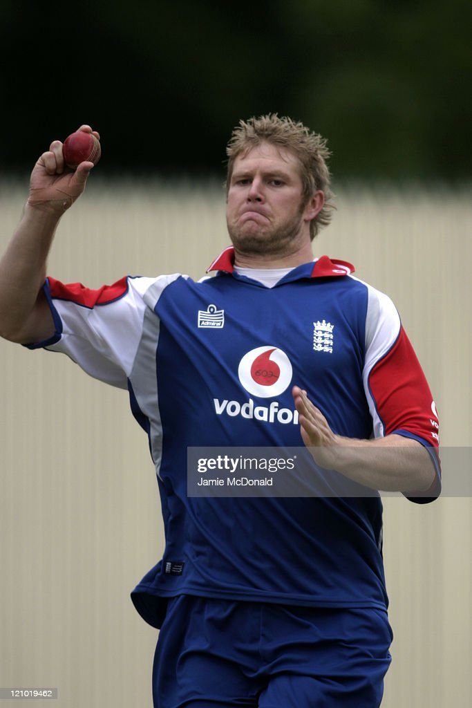 <a gi-track='captionPersonalityLinkClicked' href=/galleries/search?phrase=Matthew+Hoggard&family=editorial&specificpeople=193834 ng-click='$event.stopPropagation()'>Matthew Hoggard</a> bowler from the English Cricket Team training before their Tour Match beginning tomorrow against South Australia, Adelaide, Australia, 16 November 2006