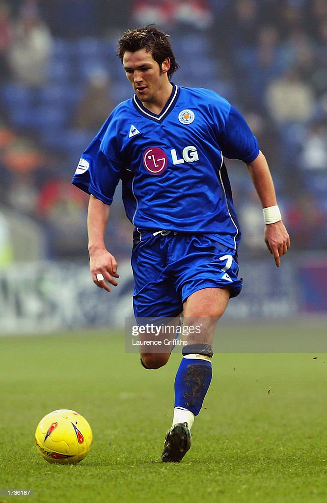 Matthew Jones of Leicester City runs with the ball during the Nationwide League Division One match between Leicester City and Stoke City held on January 11, 2003 at the Walkers Stadium, in Leicester, England. The match ended in a 0-0 draw.