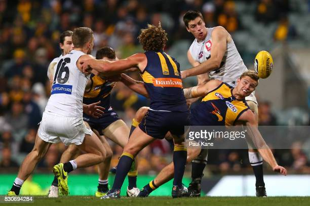 Matthew Kreuzer of the Blues and Nathan Vardy of the Eagles contest the ruck during the round 21 AFL match between the West Coast Eagles and the...