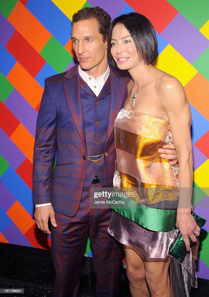 <a gi-track='captionPersonalityLinkClicked' href=/galleries/search?phrase=Matthew+McConaughey&family=editorial&specificpeople=201663 ng-click='$event.stopPropagation()'>Matthew McConaughey</a> and Lisa Falcone attend The Cinema Society With FIJI Water & Levi's screening of 'Mud' at The Museum of Modern Art on April 21, 2013 in New York City.