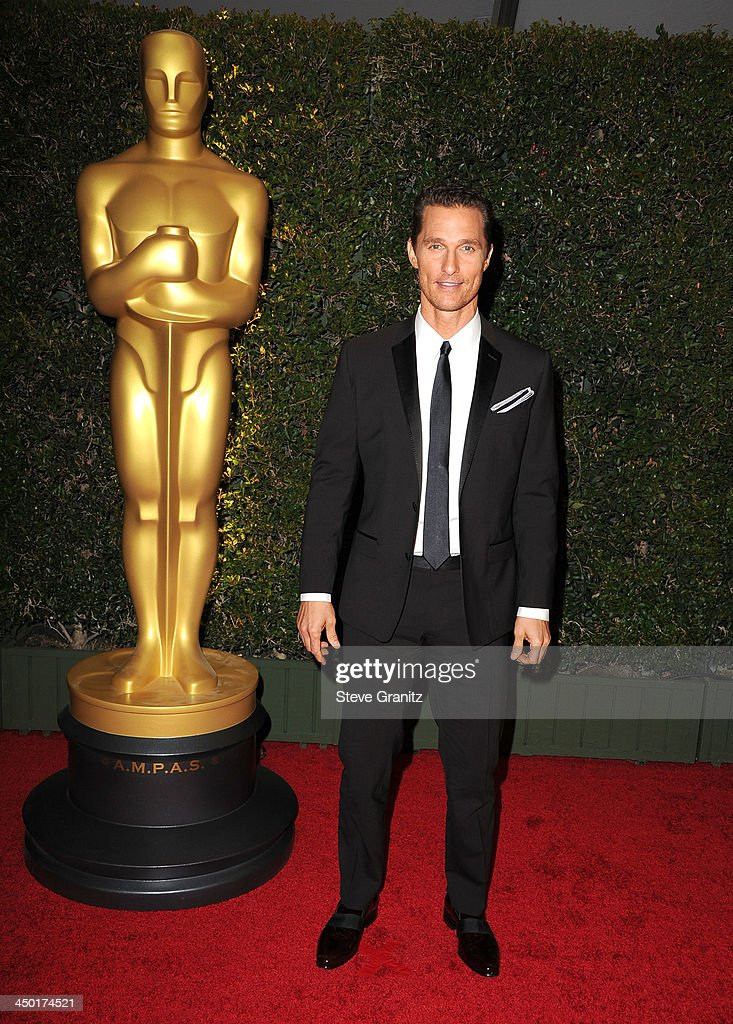 <a gi-track='captionPersonalityLinkClicked' href=/galleries/search?phrase=Matthew+McConaughey&family=editorial&specificpeople=201663 ng-click='$event.stopPropagation()'>Matthew McConaughey</a> arrives at the The Board Of Governors Of The Academy Of Motion Picture Arts And Sciences' Governor Awards at Dolby Theatre on November 16, 2013 in Hollywood, California.