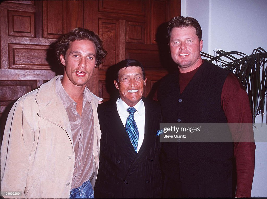 <a gi-track='captionPersonalityLinkClicked' href=/galleries/search?phrase=Matthew+McConaughey&family=editorial&specificpeople=201663 ng-click='$event.stopPropagation()'>Matthew McConaughey</a>, Chi Chi Rodriguez, & <a gi-track='captionPersonalityLinkClicked' href=/galleries/search?phrase=Roger+Clemens&family=editorial&specificpeople=171089 ng-click='$event.stopPropagation()'>Roger Clemens</a>