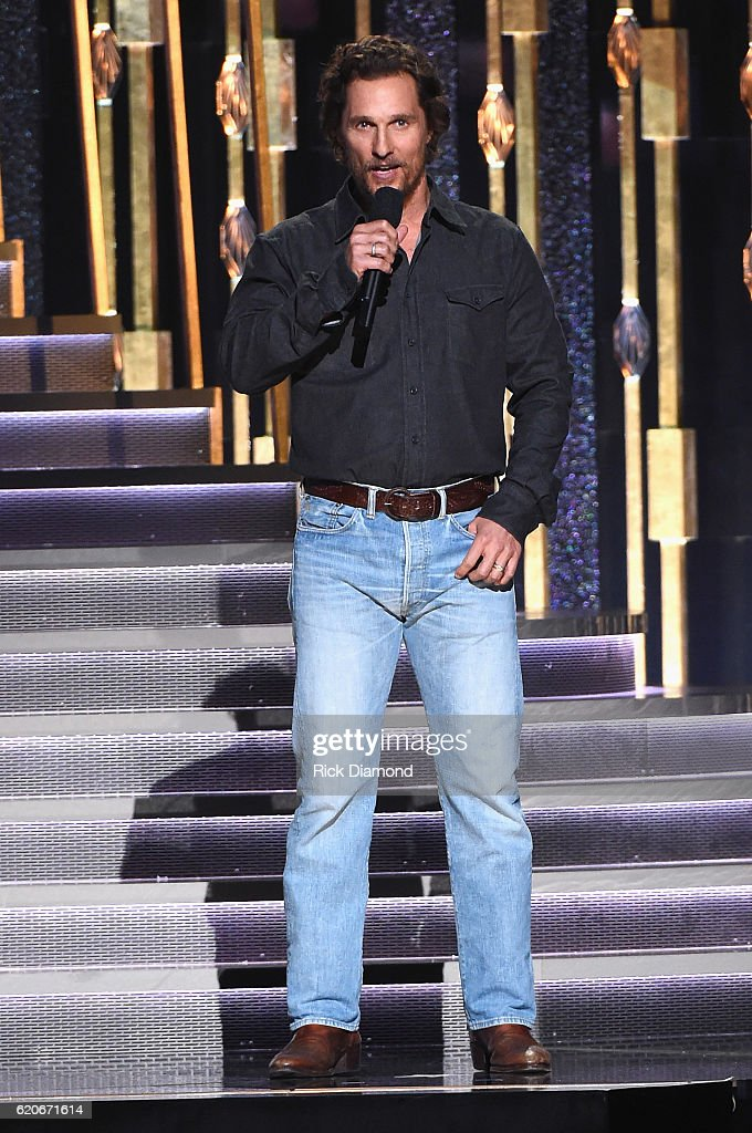 matthew-mcconaughey-speaks-onstage-at-the-50th-annual-cma-awards-at-picture-id620671614