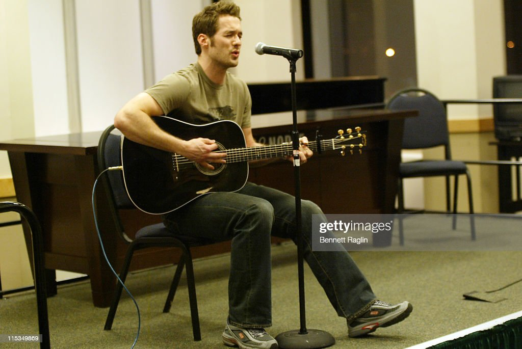 Matthew Metzger during The Cast of 'One Life to Live' Signs a CD for Hurricane Disaster Relief March 8 2006 at Barnes Noble Lincoln Triangle in New...
