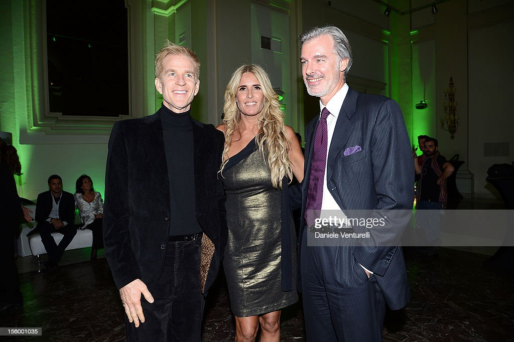 <a gi-track='captionPersonalityLinkClicked' href=/galleries/search?phrase=Matthew+Modine&family=editorial&specificpeople=211363 ng-click='$event.stopPropagation()'>Matthew Modine</a>, Carlo Pittis and <a gi-track='captionPersonalityLinkClicked' href=/galleries/search?phrase=Tiziana+Rocca&family=editorial&specificpeople=863159 ng-click='$event.stopPropagation()'>Tiziana Rocca</a> attend the Jet Set Party Alitalia at Residenza di Ripetta on November 10, 2012 in Rome, Italy.