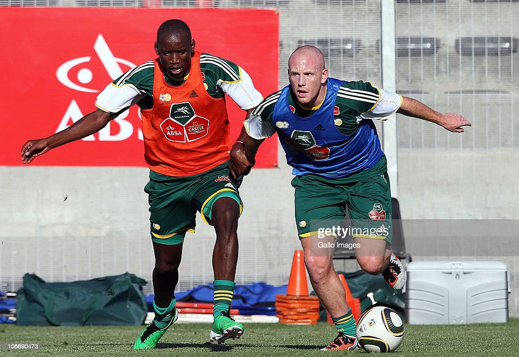 Matthew Pattison (R) of South Africa in action during a South Africa team training session ahead of the Nelson Mandela Challenge Cup match against the USA at the Philippi Stadium on November 15, 2010 in Cape Town, South Africa.