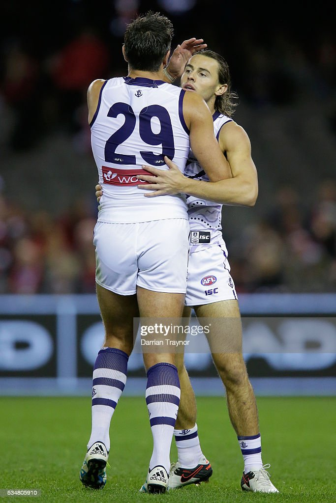<a gi-track='captionPersonalityLinkClicked' href=/galleries/search?phrase=Matthew+Pavlich&family=editorial&specificpeople=208649 ng-click='$event.stopPropagation()'>Matthew Pavlich</a> and Lachie Weller of the Dockers during the round 10 AFL match between the St Kilda Saints and the Fremantle Dockers at Etihad Stadium on May 28, 2016 in Melbourne, Australia.