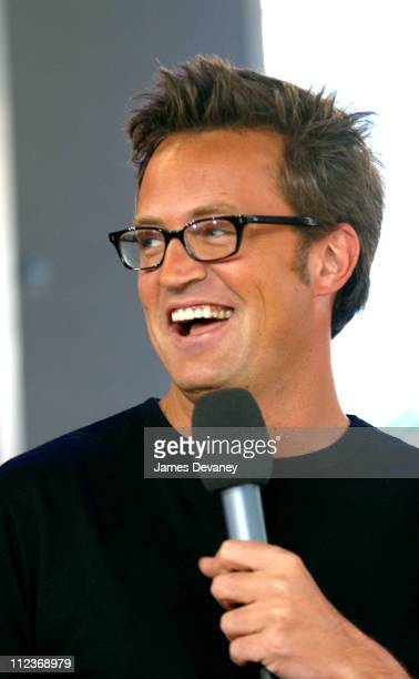 Matthew Perry during Matthew Perry Snoop Dogg and 'American Idol' Contestant RJ Helton Visit MTV's 'TRL' August 19 2002 at MTV's Studios Times Square...