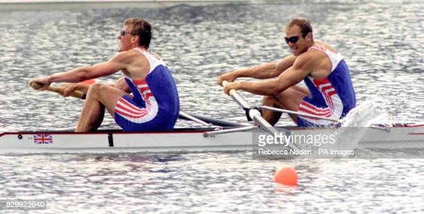 Matthew Pinsent left and Steve Redgrave on their way to winning the gold medal in the coxless pairs event 22/9/00 At the grand old age of 38 Redgrave...
