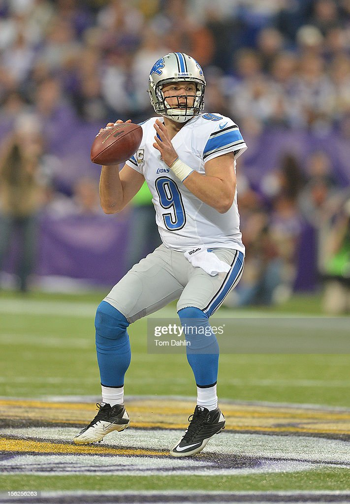 Matthew Stafford #9 of the Detroit Lions passes the ball during an NFL game against the Minnesota Vikings at Mall of America Field at the Hubert H. Humphrey Metrodome on November 11, 2012 in Minneapolis, Minnesota.