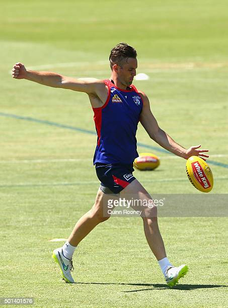 Matthew Suckling of the Bulldogs kicks during a Western Bulldogs AFL preseason training session at Whitten Oval on December 15 2015 in Melbourne...