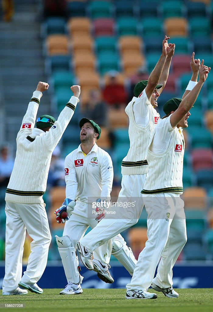 <a gi-track='captionPersonalityLinkClicked' href=/galleries/search?phrase=Matthew+Wade&family=editorial&specificpeople=724041 ng-click='$event.stopPropagation()'>Matthew Wade</a> of Australia celebrates as he catches Nuwan Kulasekara Sri Lanka off the bowling of Mitchell Starc of Australia during day five of the First Test match between Australia and Sri Lanka at Blundstone Arena on December 18, 2012 in Hobart, Australia.