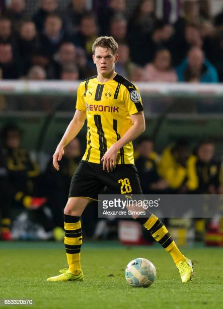Matthias Ginter of Borussia Dortmund in action during the DFB Cup Quarter Final match between Sportfreunde Lotte and Borussia Dortmund at the Stadion...