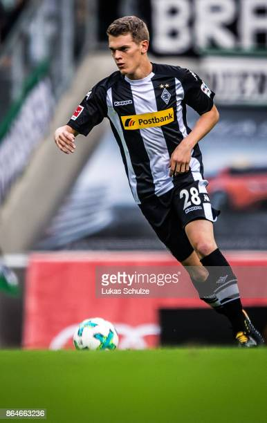Matthias Ginter of Moenchengladbach in action during the Bundesliga match between Borussia Moenchengladbach and Bayer 04 Leverkusen at BorussiaPark...