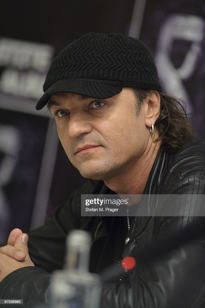 <a gi-track='captionPersonalityLinkClicked' href=/galleries/search?phrase=Matthias+Jabs&family=editorial&specificpeople=710280 ng-click='$event.stopPropagation()'>Matthias Jabs</a> of Scorpions poses during a press conference at Hotel Bayerischer Hof on March 8, 2010 in Munich, Germany.