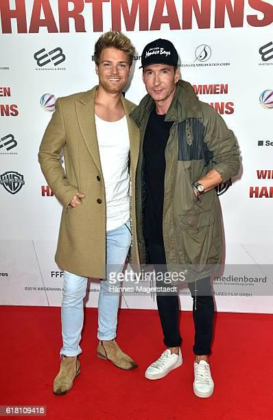 Matthias Pridoehl and Jochen Bendel during the 'Willkommen bei den Hartmanns' premiere at Mathaeser Filmpalast on October 25 2016 in Munich Germany