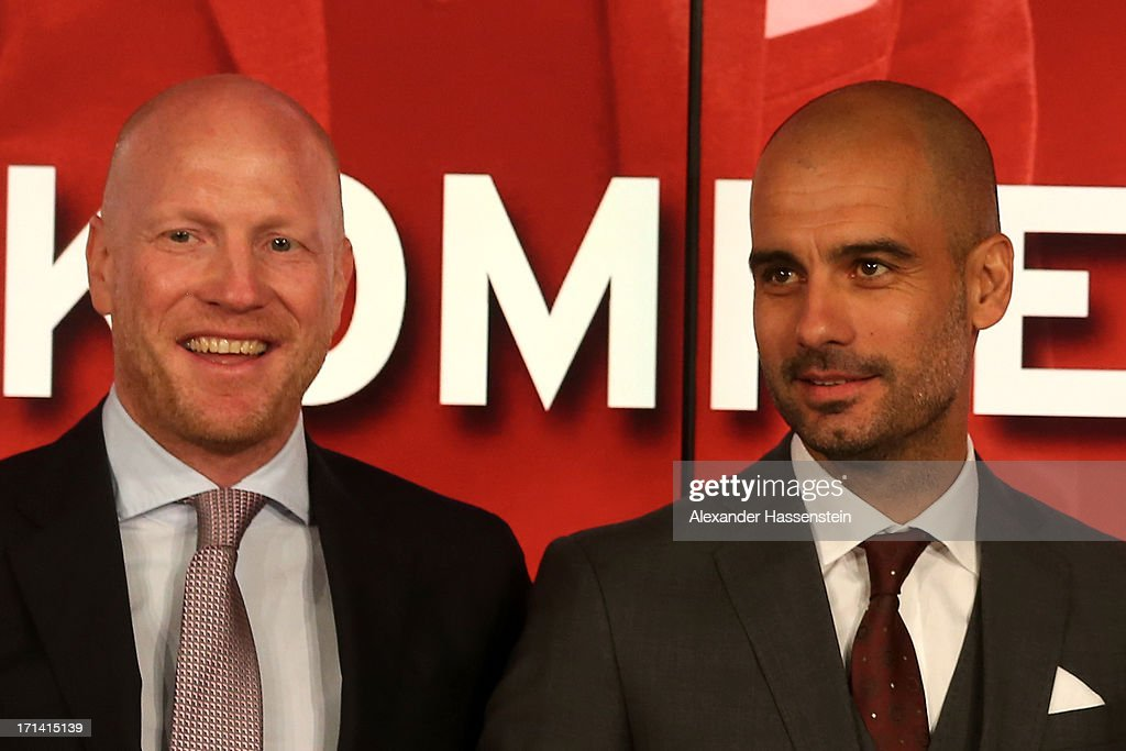 Matthias Sammer(L), senior executive president sport of FC Bayern Muenchen, Josep Guardiola (C-L), new head coach of FC Bayern Muenchen pose during the official presentation of Josep Guardiola as new head coach of Bayern Muenchen at Allianz Arena on June 24, 2013 in Munich, Germany.