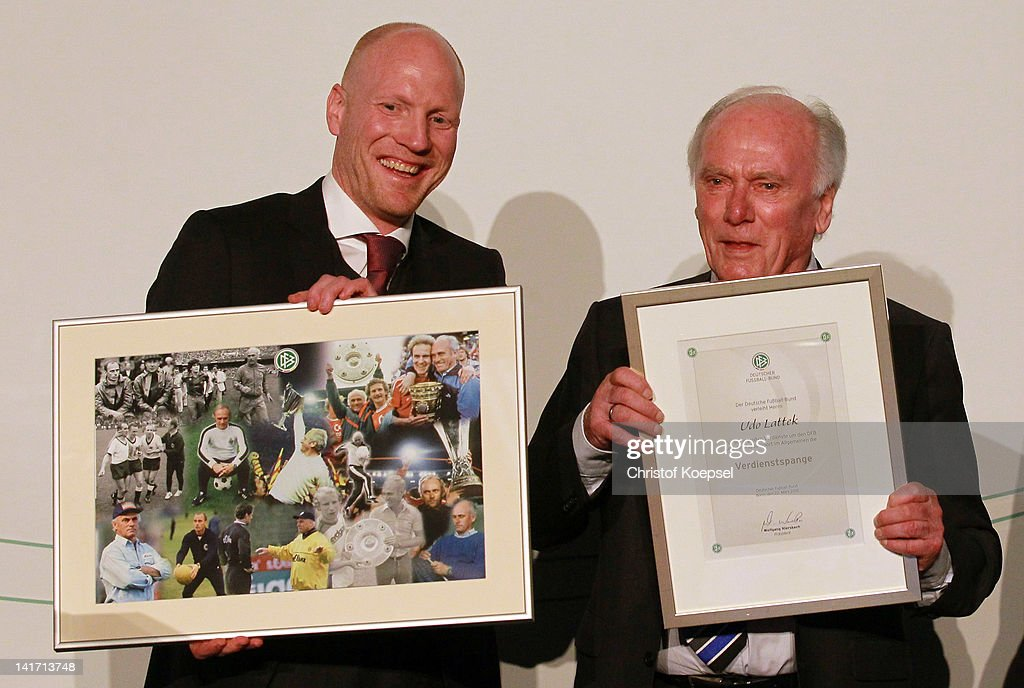 Matthias Sammer sporting director of the DFB honours Udo Lattek as the coach for special services during the coaching and technical development...