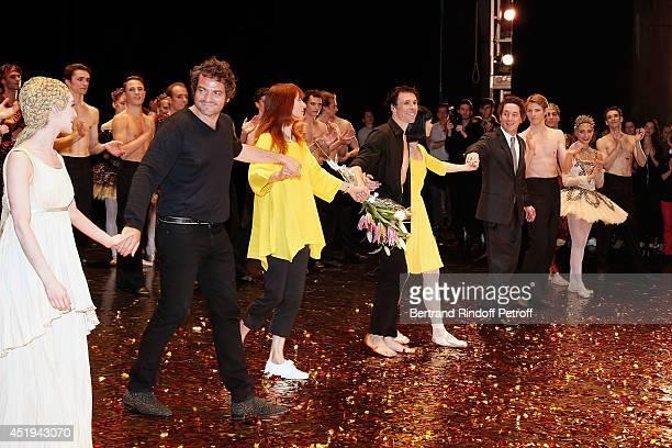 Matthieu Chedid Sylvie Guillem Ballet dancer Nicolas Le Riche and Guillaume Gallienne salute the public after Nicolas Le Riche last performance at...