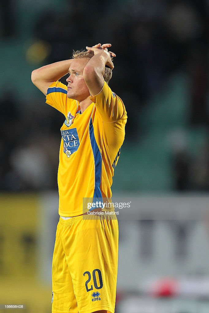 Matti Lund Nielsen of Pescara shows his dejection during the Serie A match between AC Siena and Pescara at Stadio Artemio Franchi on November 18, 2012 in Siena, Italy.