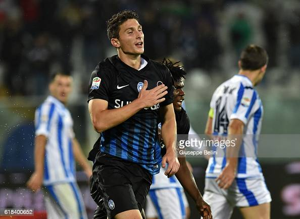 Mattia Caldara of Atalanta BC celebrates after scoring the opening goal during the Serie A match between Pescara Calcio and Atalanta BC at Adriatico...
