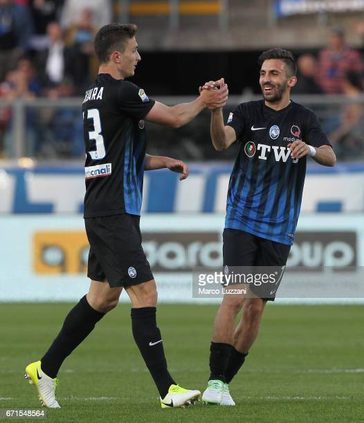 Mattia Caldara of Atalanta BC celebrates his goal with his teammate Marco D Alessandro during the Serie A match between Atalanta BC and Bologna FC at...