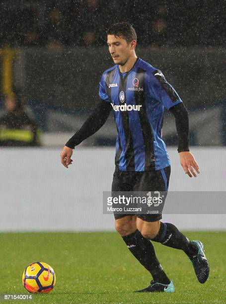 Mattia Caldara of Atalanta BC in action during the Serie A match between Atalanta BC and Spal at Stadio Atleti Azzurri d'Italia on November 5 2017 in...