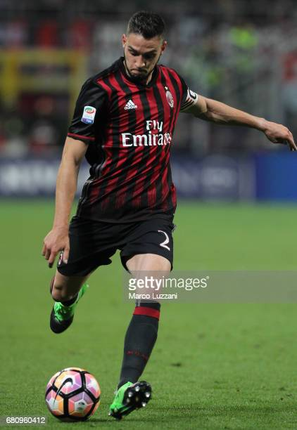 Mattia De Sciglio of AC Milan in action during the Serie A match between AC Milan and AS Roma at Stadio Giuseppe Meazza on May 7 2017 in Milan Italy