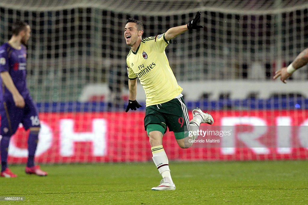 <a gi-track='captionPersonalityLinkClicked' href=/galleries/search?phrase=Mattia+Destro&family=editorial&specificpeople=5983870 ng-click='$event.stopPropagation()'>Mattia Destro</a> of AC Milan celebrates after scoring a goal during the Serie A match between ACF Fiorentina and AC Milan at Stadio Artemio Franchi on March 16, 2015 in Florence, Italy.