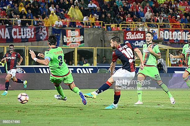 Mattia Destro of Bologna FC scores a goal during the Serie A match between Bologna FC and FC Crotone at Stadio Renato Dall'Ara on August 21 2016 in...