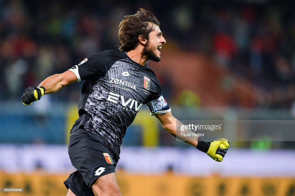Mattia Perin of Genoa celebrates after Diego Sebastian Laxalt's goal during the Serie A match between Genoa CFC and AC Chievo Verona at Stadio Luigi Ferraris on September 20, 2017 in Genoa, Italy.