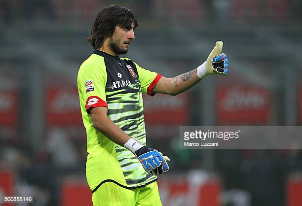 Mattia Perin of Genoa CFC gestures during the Serie A match between FC Internazionale Milano and Genoa CFC at Stadio Giuseppe Meazza on December 5...