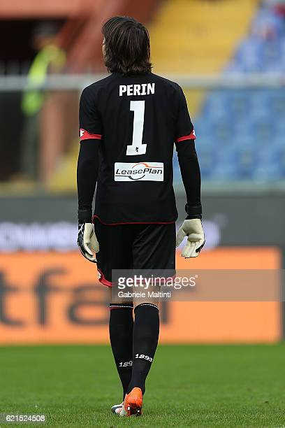 Mattia Perin of Genoa CFC in action during the Serie A match between Genoa CFC and Udinese Calcio at Stadio Luigi Ferraris on November 6 2016 in...