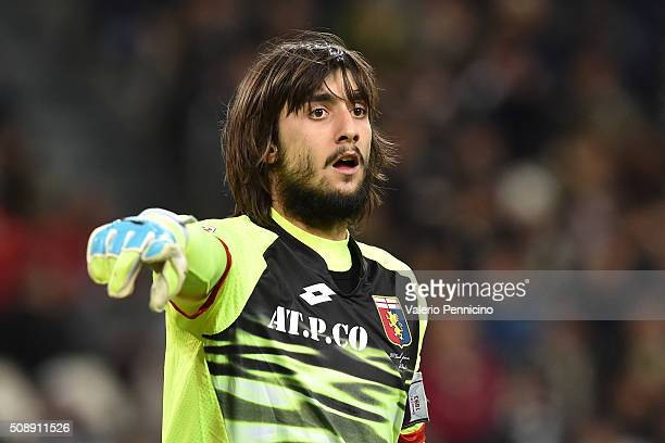 Mattia Perin of Genoa CFC issues instructions during the Serie A match between Juventus FC and Genoa CFC at Juventus Arena on February 3 2016 in...