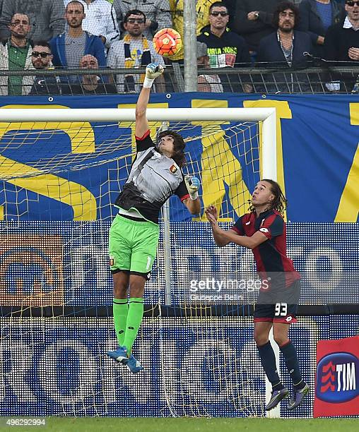 Mattia Perin of Genoa in action during the Serie A match between Frosinone Calcio and Genoa CFC at Stadio Matusa on November 8 2015 in Frosinone Italy