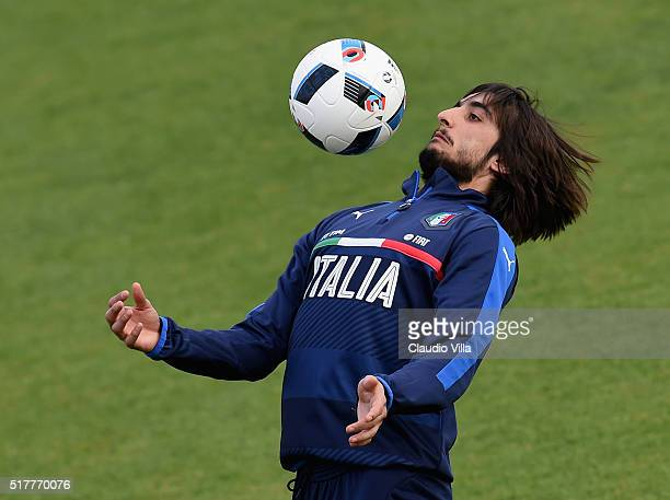 Mattia Perin of Italy in action during the Italy training session at the club's training ground at Coverciano on March 27 2016 in Florence Italy