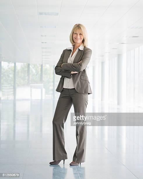 Reife Geschäftsfrau – Volle Länge