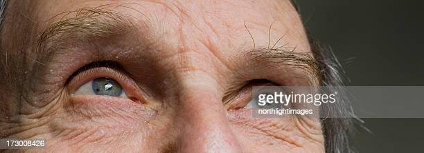 Uomo maturo occhi