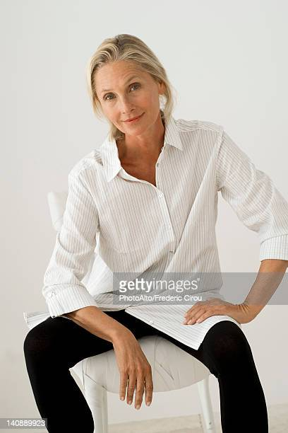 Mature woman, portrait