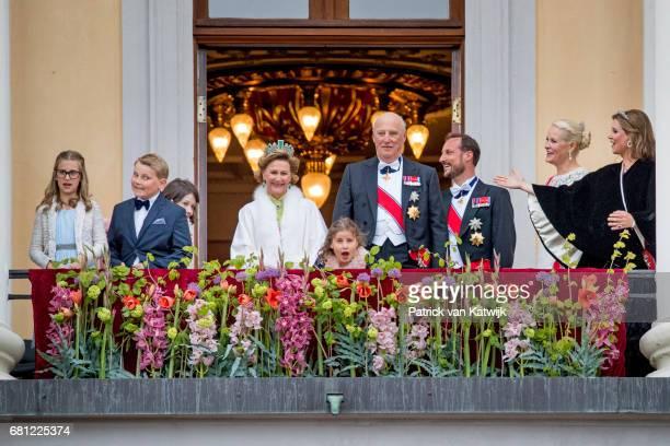 Maud Angelica Behn Leah Isadora Behn Princess Ingrid Alexandra Prince Sverre Magnus Queen Sonja King Harald Emma Tallulah Behn Crown Princess...