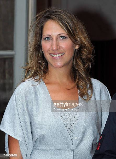 Maud Fontenoy poses as she arrives at the Soiree de gala Maud Fontenoy Fondation at Hotel de la Marine on June 8 2010 in Paris France