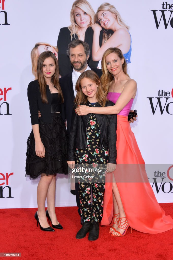 Maude Apatow filmmaker Judd Apatow Iris Apatow and actress Leslie Mann attend the premiere of Twentieth Century Fox's 'The Other Woman' at Regency...